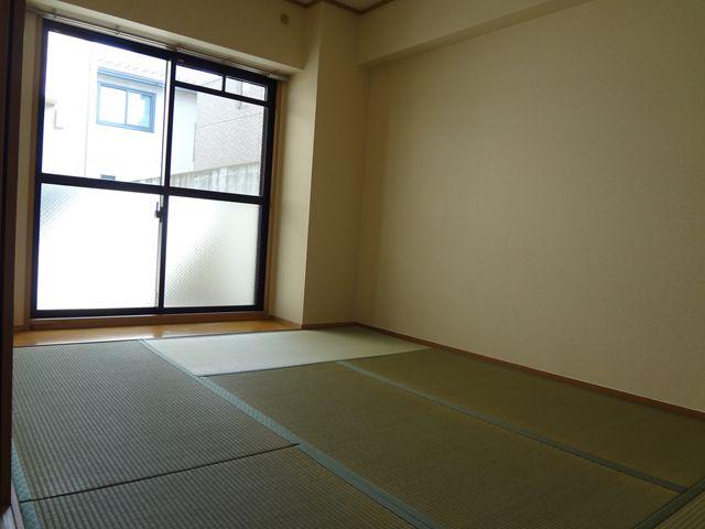 グレースコート11 / 203号室和室