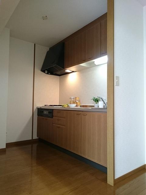 グランドアビタシオン村上 / 605号室キッチン