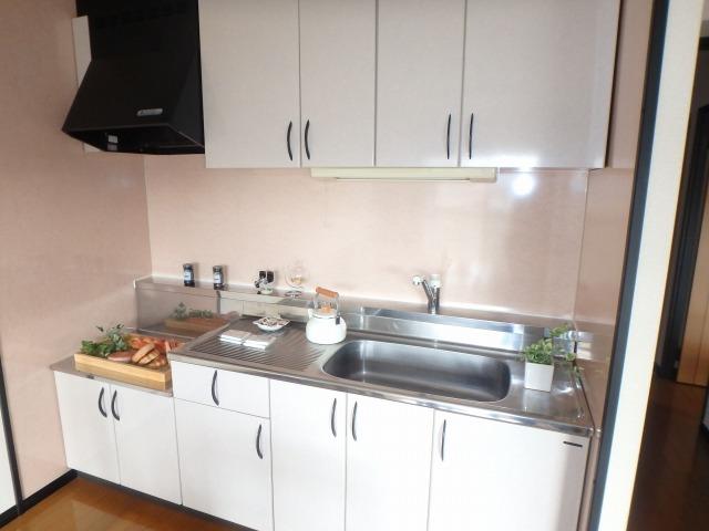 クレールマノワール / 301号室キッチン