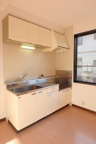 プレジデント正弥 / 1-105号室キッチン