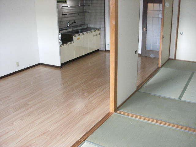 サンハイツ森山 / 103号室