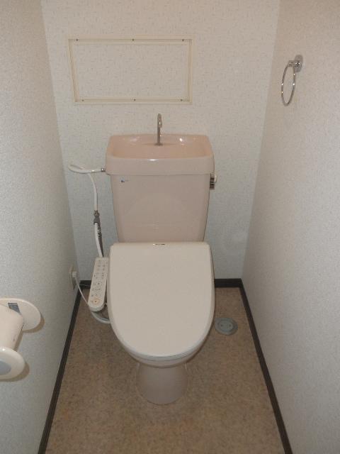 クレセント下大利 / 201号室トイレ
