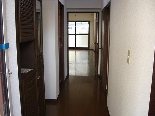 クレセント下大利 / 402号室