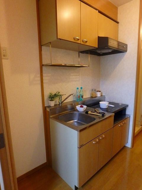 アネモス春日原 / 603号室キッチン