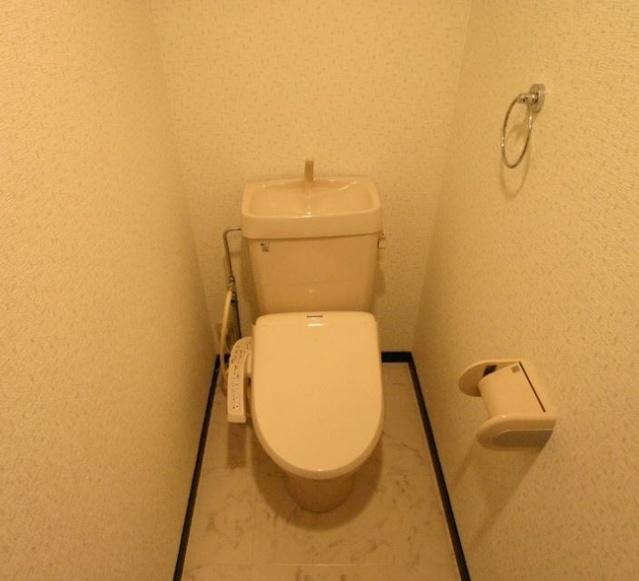アゼリアⅡ / 203号室トイレ
