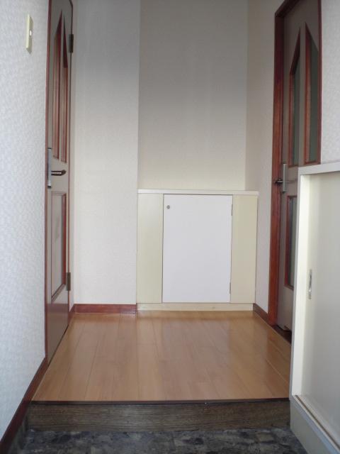 第一高田ビル / 201号室
