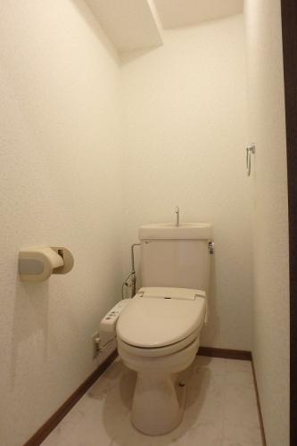 フローラルハイツ / 103号室トイレ