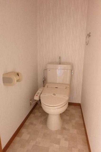 フローラルハイツ / 602号室トイレ