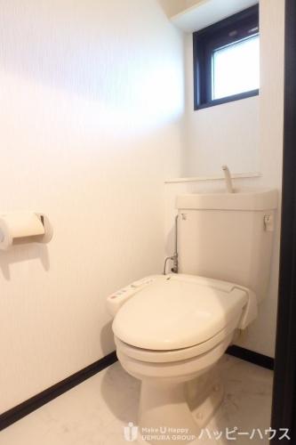 クレールマノワール / 303号室トイレ