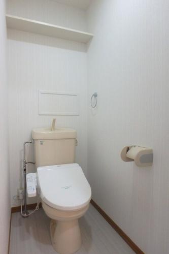 シーラ・プラッツ / 201号室トイレ