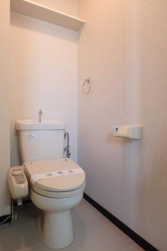 ピュア春日公園 / 603号室トイレ