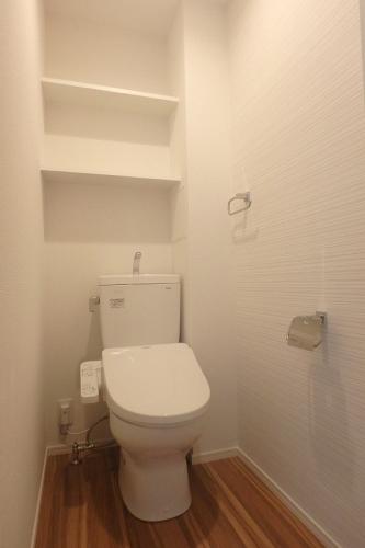 Deux Mille21 / 105号室トイレ