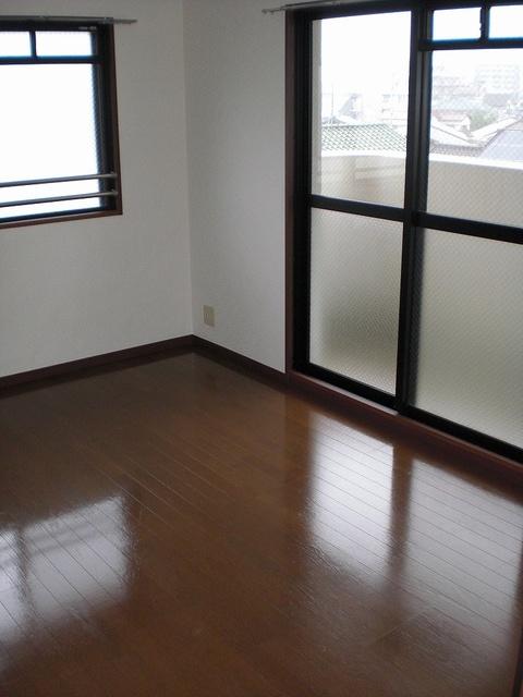 クレセント下大利 / 303号室その他部屋・スペース