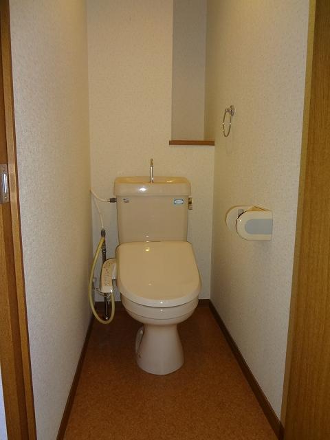 アゼリア'97 / 202号室トイレ