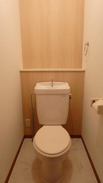 サンハイム日永田 / 201号室トイレ