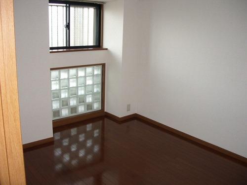 フレア・クレスト水城 / 603号室洋室