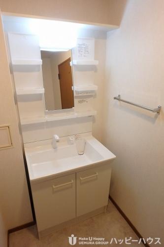 フレア・クレスト水城 / 703号室洗面所