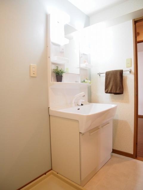 グランピア若草 / 603号室洗面所