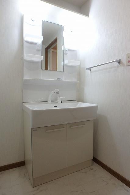 シーラ・プラッツ / 305号室洗面所