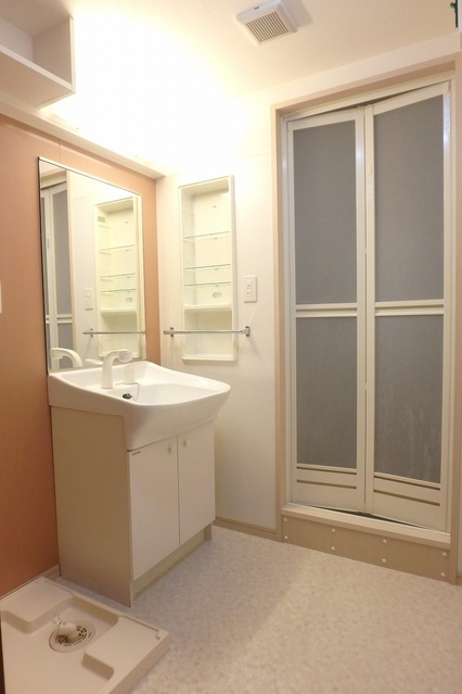 セラヴィ / 402号室洗面所