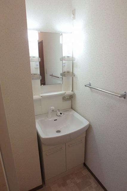 メゾン・ド・プリム / A103号室洗面所