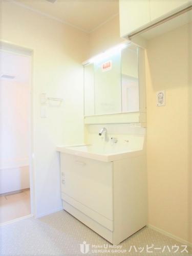 セゾン アヴニール / 102号室洗面所