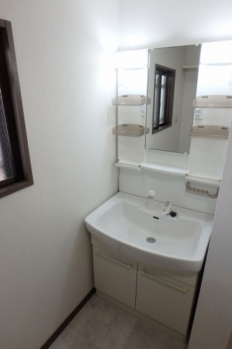 シュロス大谷 / 402号室洗面所