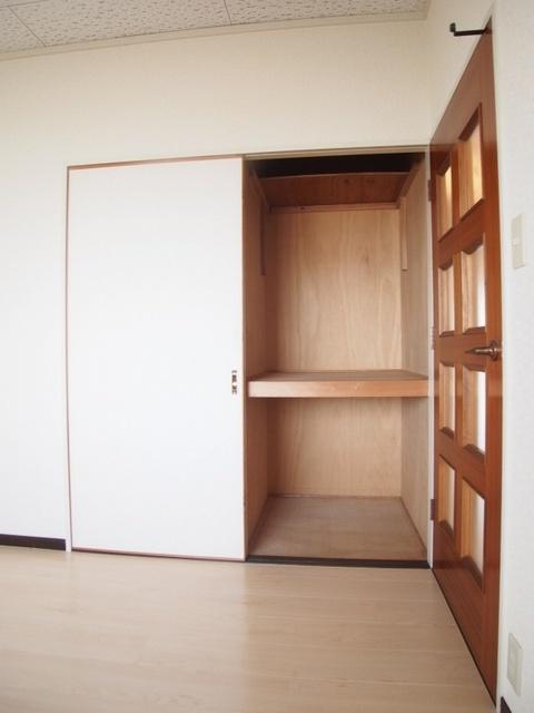 レスピーザ53 / 708号室収納