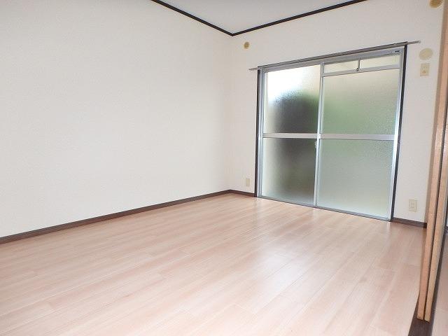 サンハイツ森山 / 102号室洋室