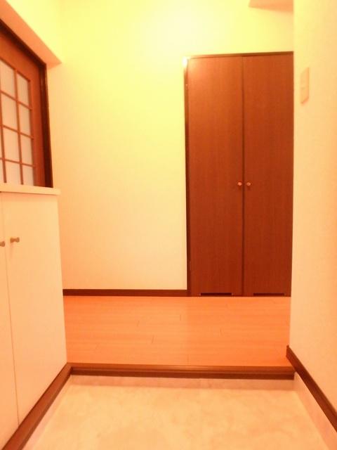 サンハイツ森山 / 203号室玄関