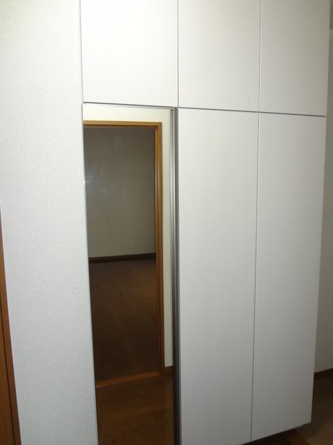 ルミエール東大利 / 201号室玄関