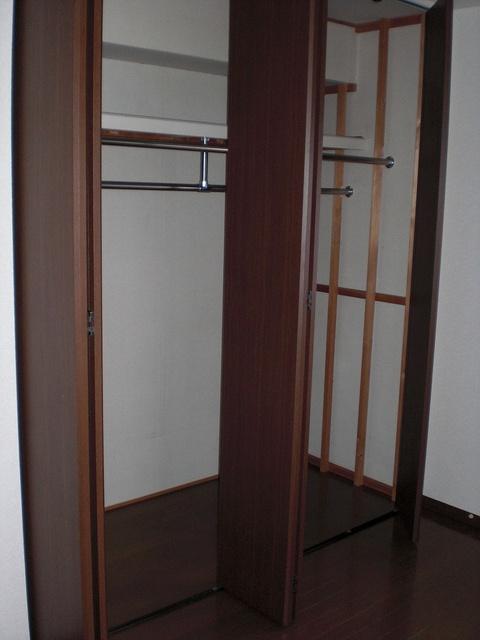 クレセント下大利 / 303号室収納