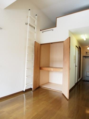 ベルハイツ / 208号室収納