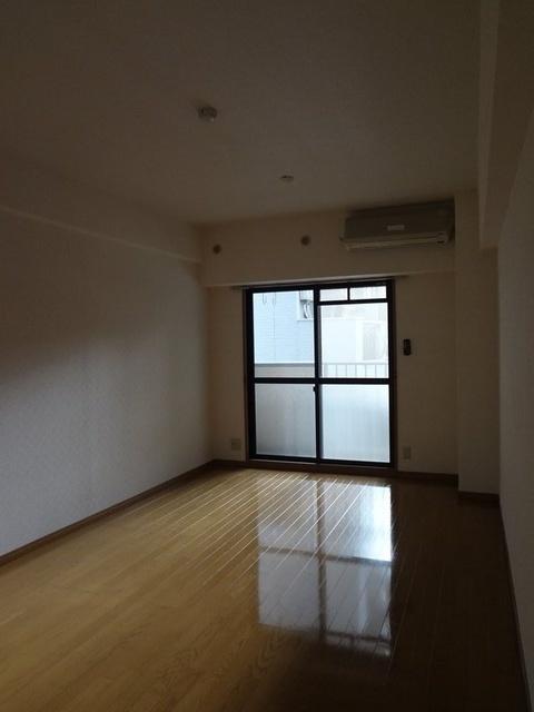 アネモス春日原 / 203号室収納