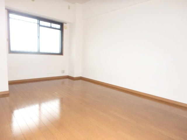 フローラルハイツ / 403号室洋室