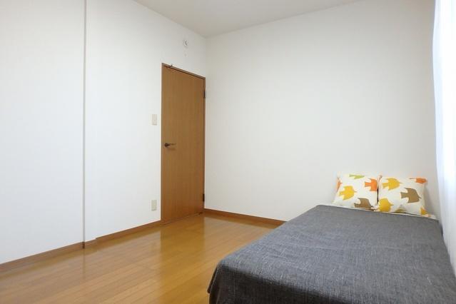 サンハイム日永田 / 202号室洋室