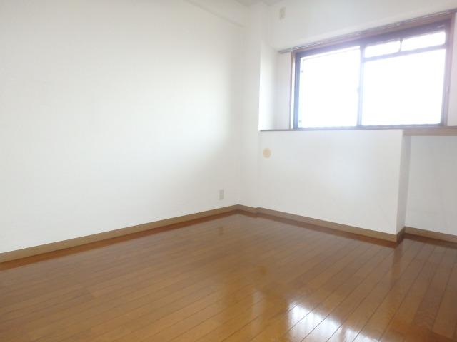 グランピア若草 / 403号室洋室