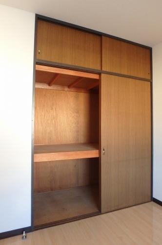 フレグランス20 / 402号室収納