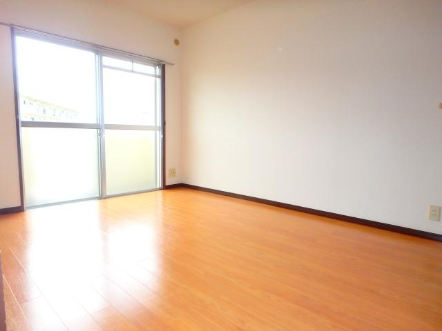 サンハイツ森山 / 302号室洋室