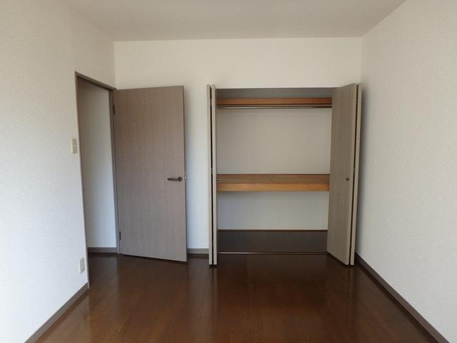 メロディハイツ乙金 / 106号室収納