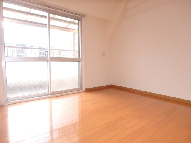 丸高ビル / 302号室その他部屋・スペース