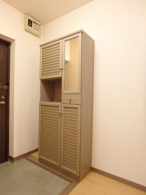 ホワイトヴィラ / 402号室収納