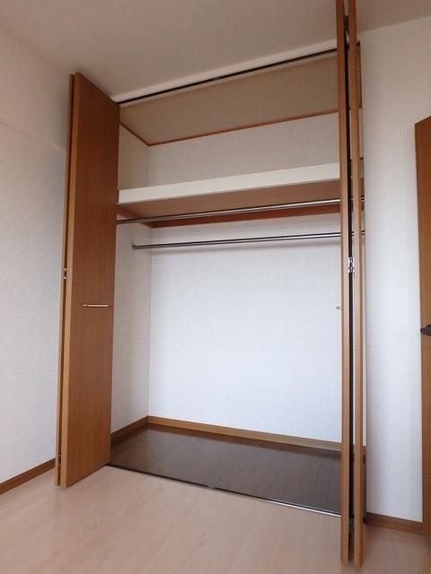 グレースマンション大野城 / 402号室収納