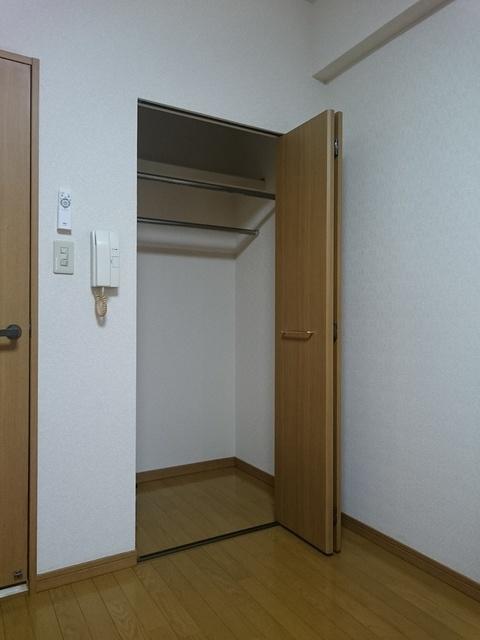 アネモス春日原 / 301号室収納