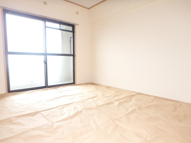 フローラルハイツ / 403号室和室