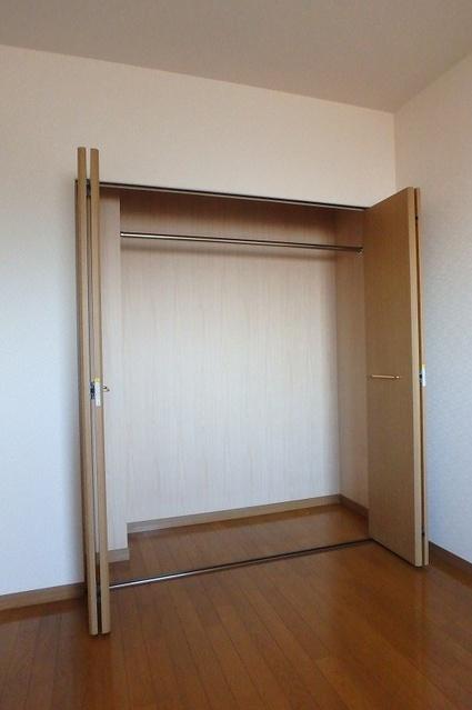 シーラ・プラッツ / 403号室収納