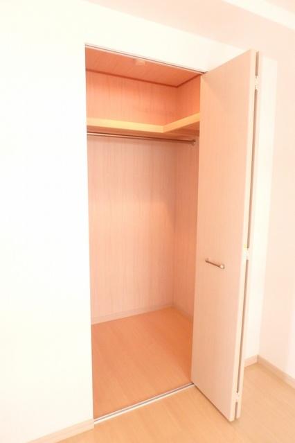 セラヴィ / 402号室収納