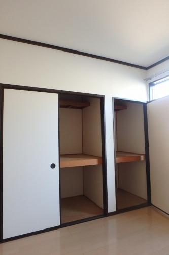 プレジデント正弥 / 1-105号室収納