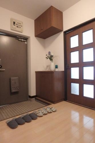 フレグランス20 / 402号室玄関
