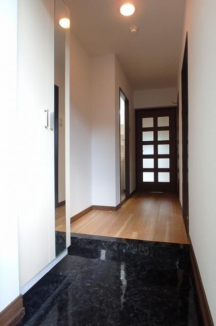 セントラルハイツ / 102号室玄関